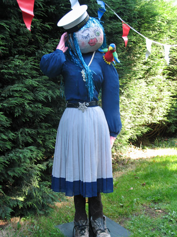 Scarecrows Go Racing Beat All Records
