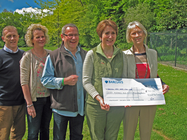 Sunningdale Area Carnival : Cheque for WRVS Darby & Joan Club