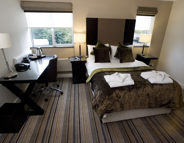 DeVere Venues Sunningdale Park :: conference centre bedroom